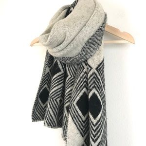BCBGeneration womens Long Soft Gray scarf